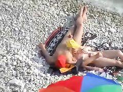 Nude Couples Having Sex at Beach Filmed on Voyeur Camera
